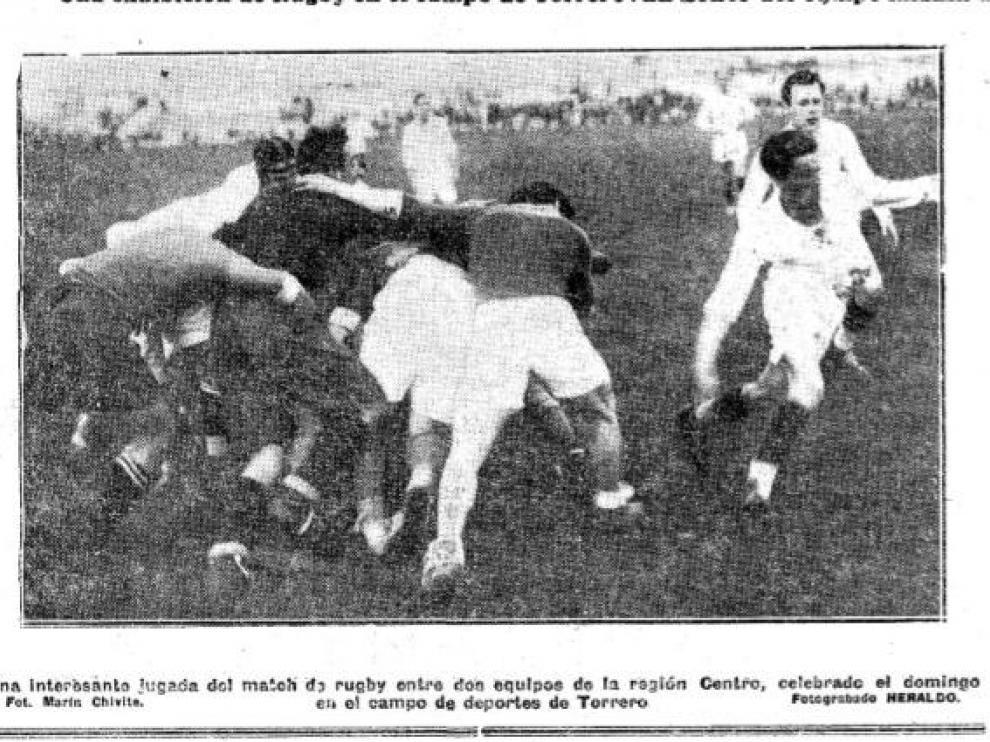Imagen del partido de fútbol-rugby disputado en Torrero el 27 de abril de 1930