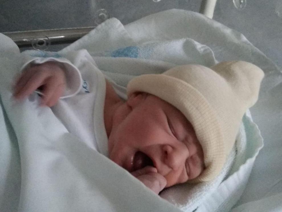 Ainielle, nada más nacer el pasado sábado en el hospital Santa Bárbara de Soria