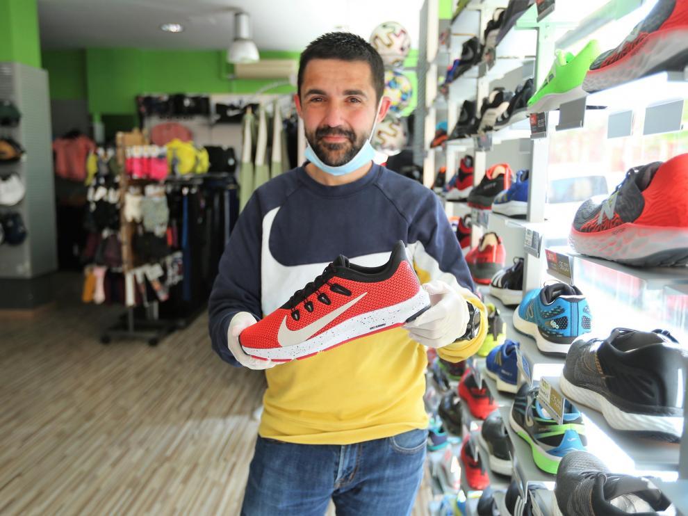 Pablo Franco prepara ya la reapertura de su tienda, Twinner Huesca.