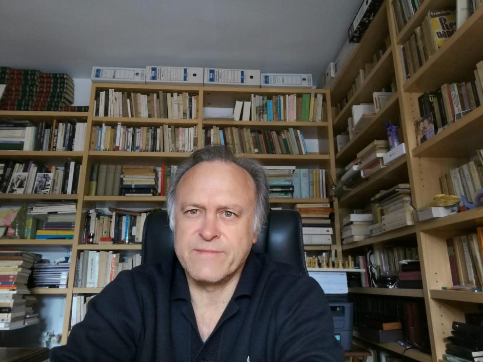 Miguel Pardeza publica 'Angelópolis'.