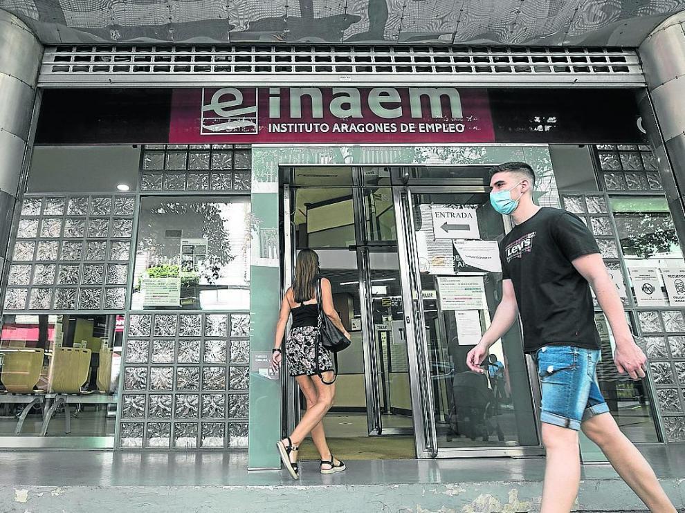 Oficina del Inaem en la calle del Doctor Cerrada.