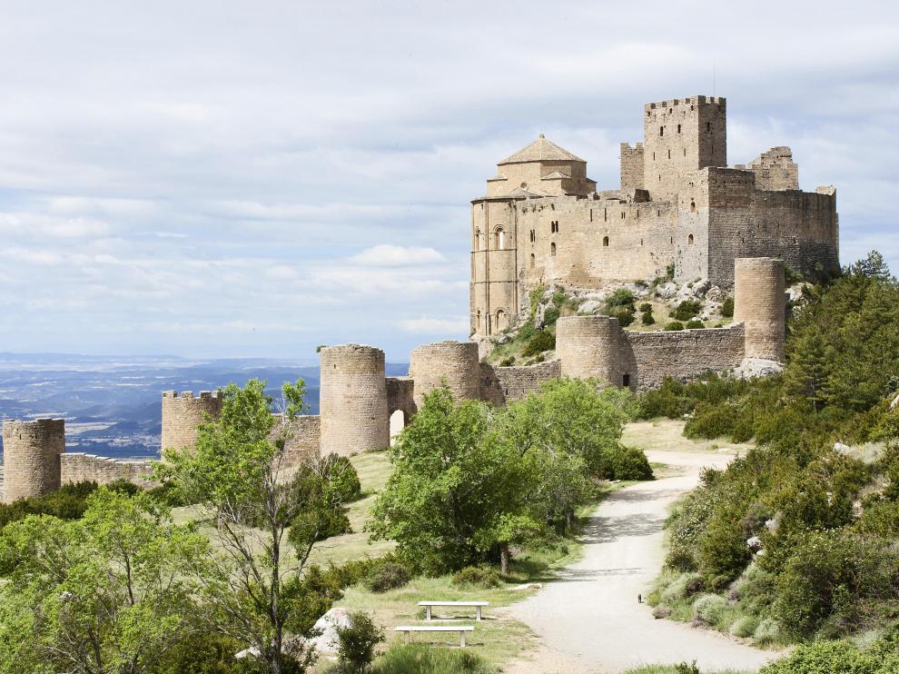 El castillo de Loarre es uno de los lugares más misteriosos de Aragón.