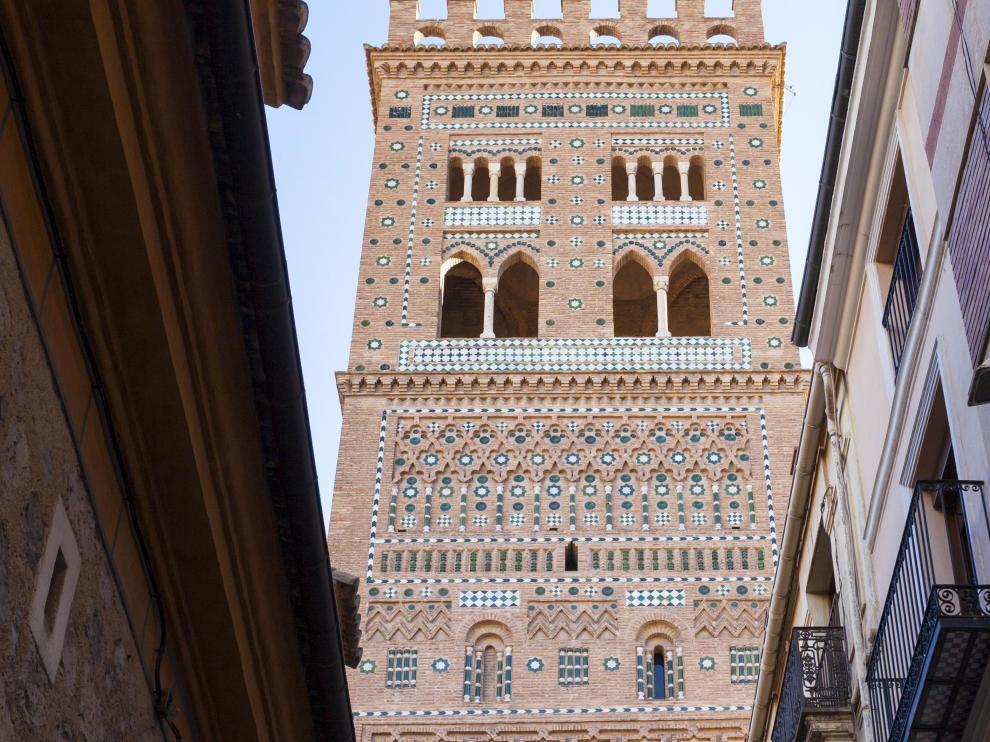 Torre de San Salvador, en Teruel, ejemplo del estilo mudéjar y reconocida por su valor patrimonial por la Unesco.