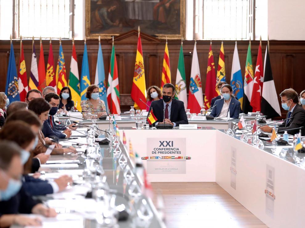 Un momento de la Conferencia de Presidentes Autonómicos reunida en el monasterio de Yuso, en San Millán de la Cogolla.