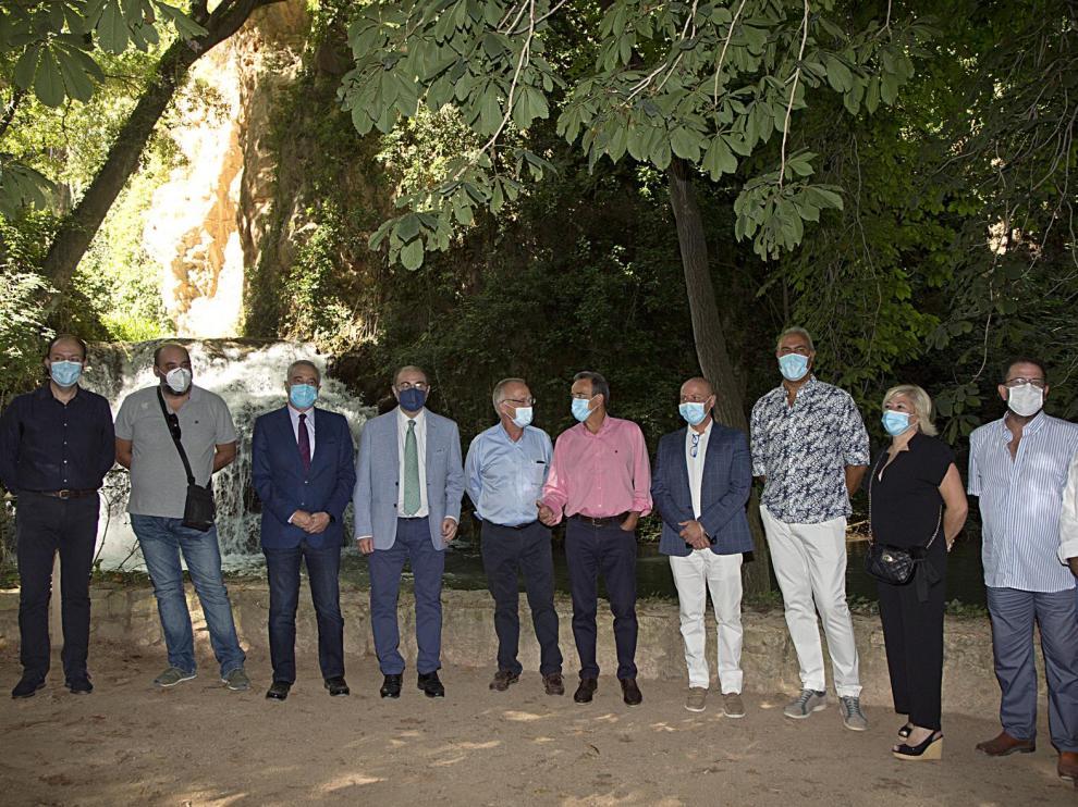 Javier Lambán ha visitado este miércoles el Monasterior de Piedra y se ha reunido el sector de los balnearios de Aragón