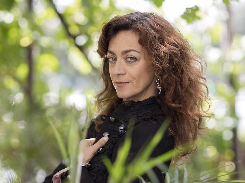 Carmen París actúa hoy en Zaragoza.