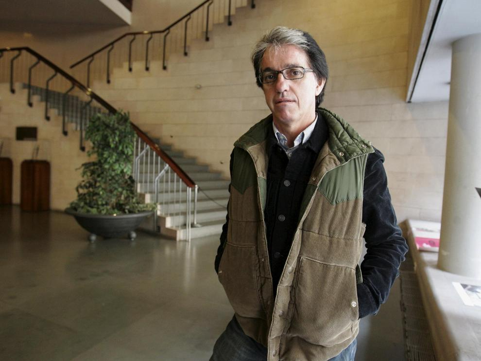 Julián Casanova publica 'Una violencia indómita' (Crítica).