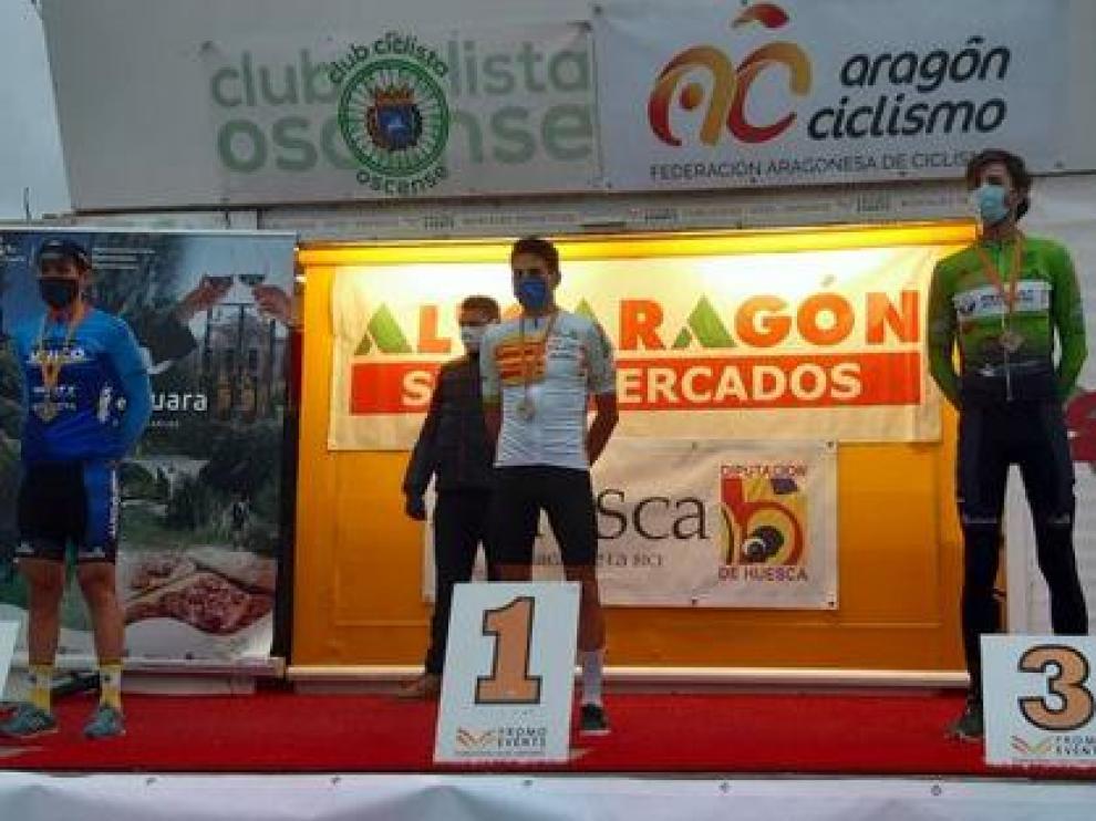 Podio del Campeonato de Aragón de ciclismo en ruta.