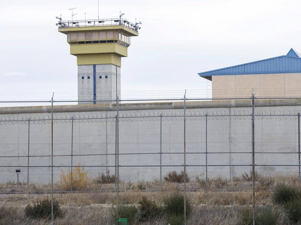 Vista exterior de la cárcel de Zuera