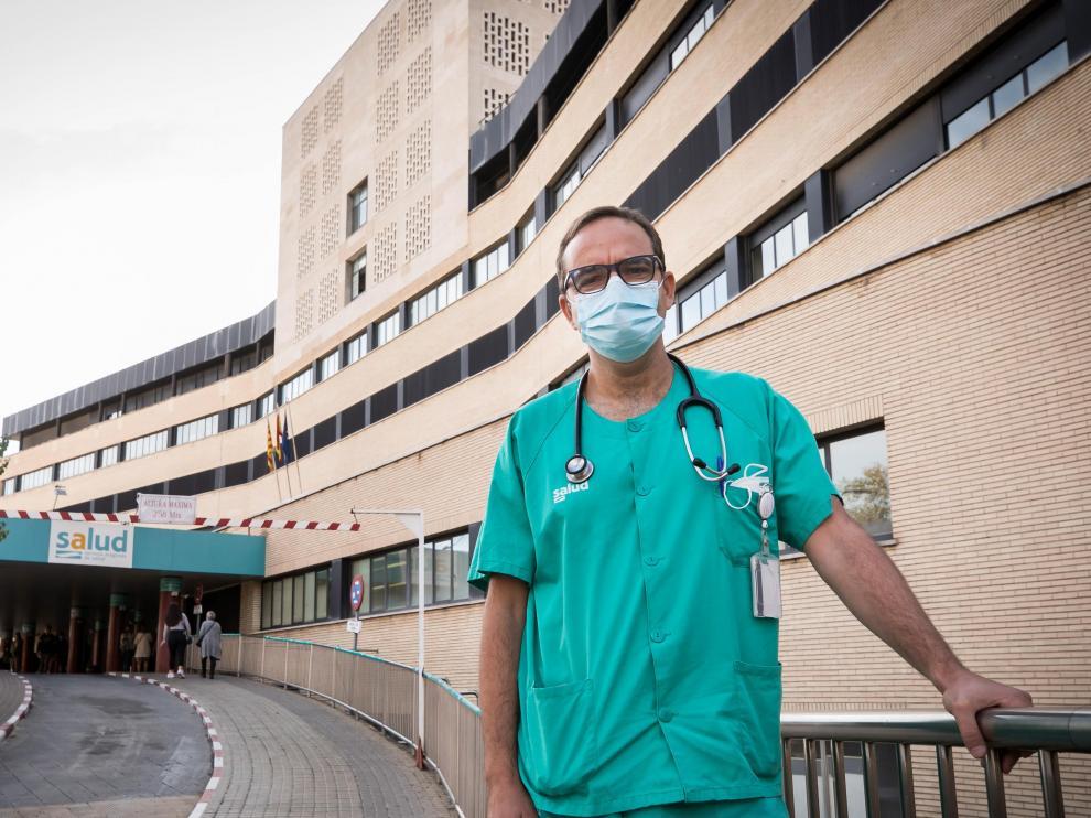 José Ramón Paño, médico del Servicio de Enfermedades Infecciosas del Clínico