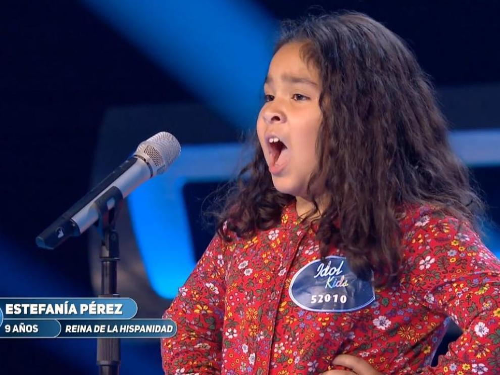 La zaragozana Estefanía Pérez, durante su actuación en 'Idol Kids'.
