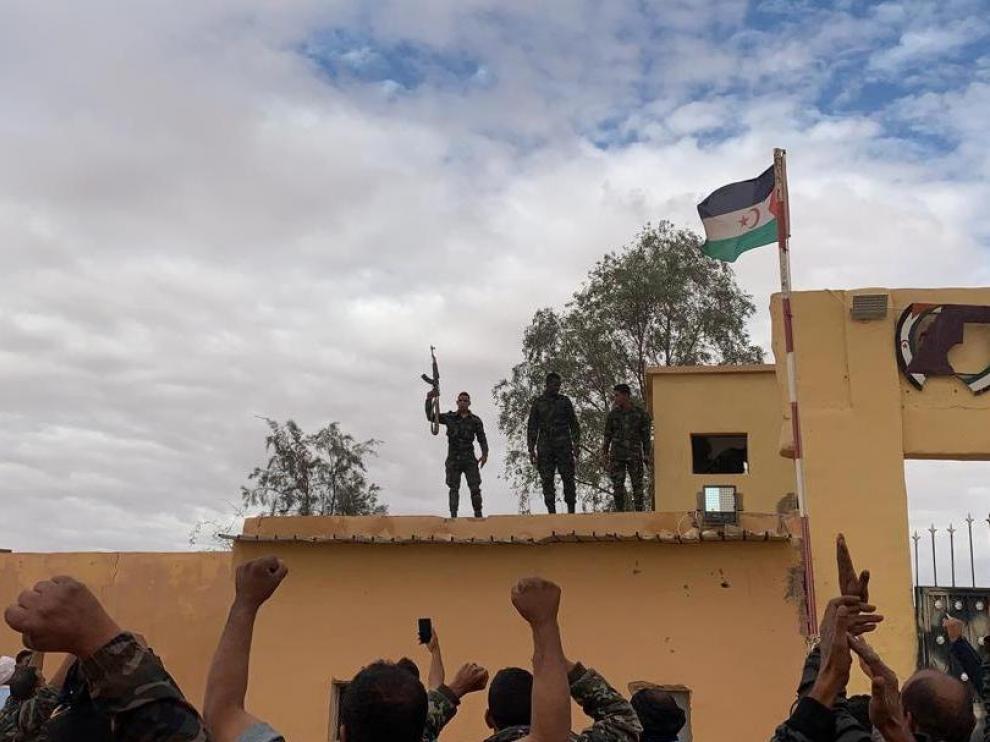 Simpatizantes del Frente Polisario el campo de refugiados de Rabuni (Argelia), este viernes.