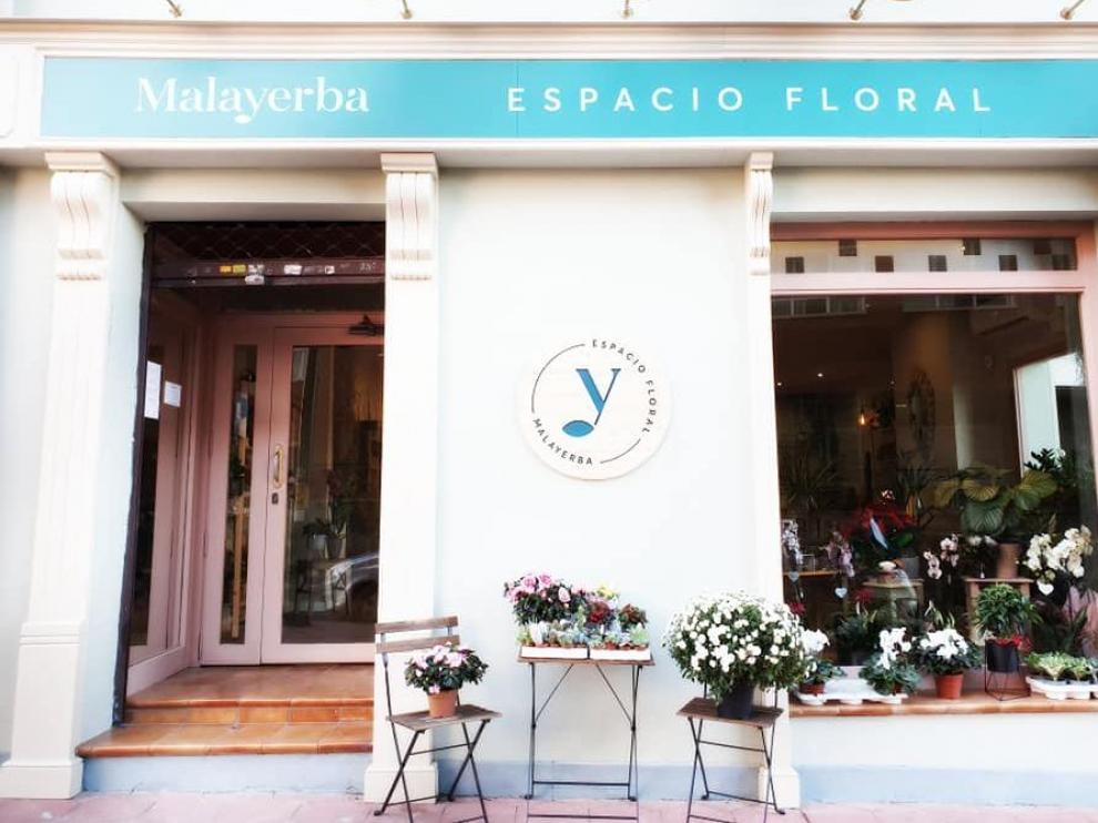 Fachada del espacio floral Malayerba, en Zaragoza.