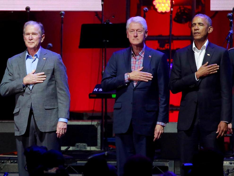 Imagen de archivo de Bush, Clinton y Obama.
