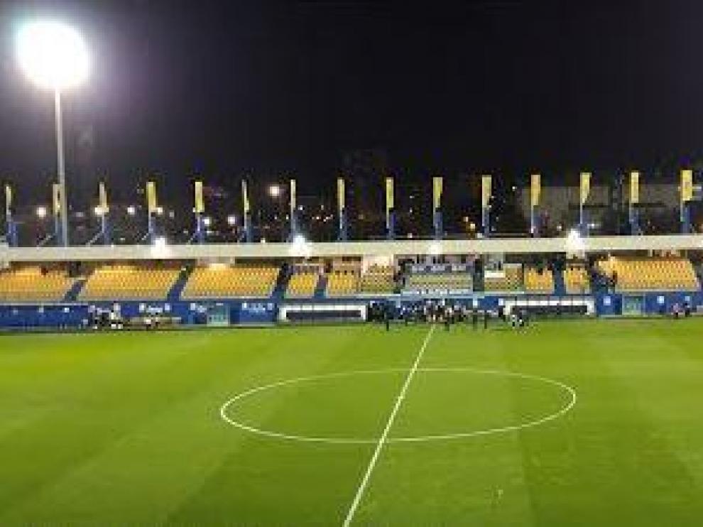 El estadio de Santo Domingo de Alcorcón, donde juega el Real Zaragoza esta noche de martes el partido de la 2ª Ronda de la Copa del Rey.
