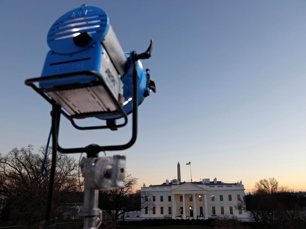 Las cámaras ya están preparadas en el exterior de la Casa Blanca