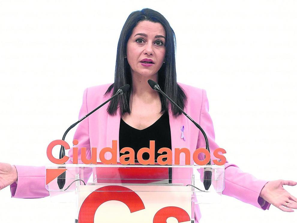 La presidenta de Ciudadanos, Inés Arrimadas, en una rueda de prensa el pasado 8 de marzo en la sede nacional del partido.