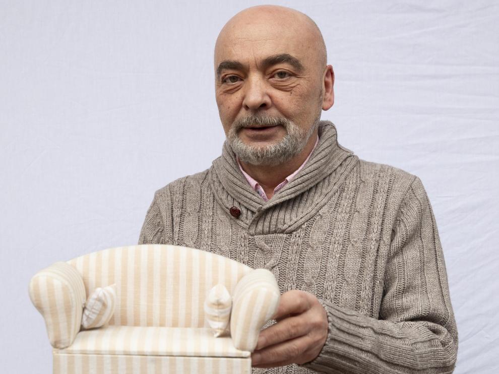 Ángel Pardos, en las instalaciones de su negocio.
