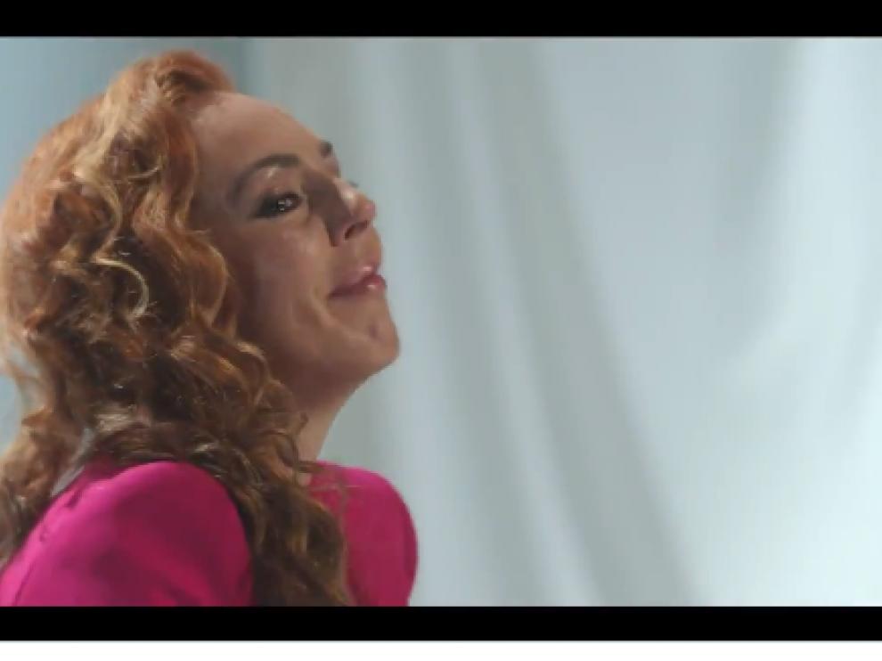 Una imagen del tráiler difundido por Mediaset sobre la serie documental de Rocío Carrasco.