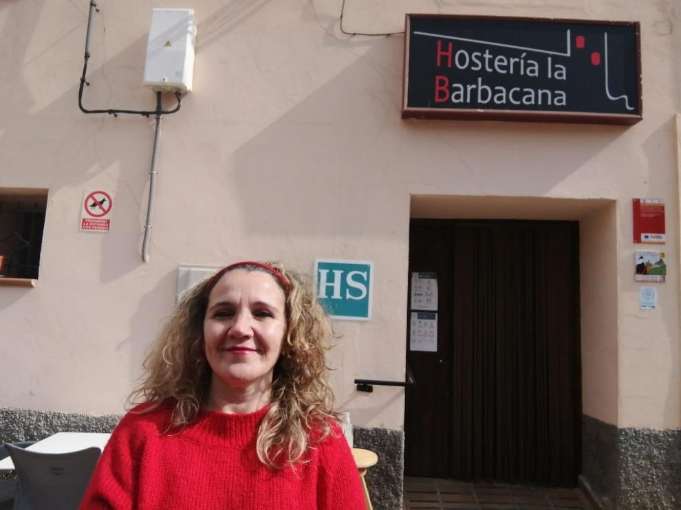 Marta Monterde regenta la Hostería La Barbacana, en Tramacastiel.