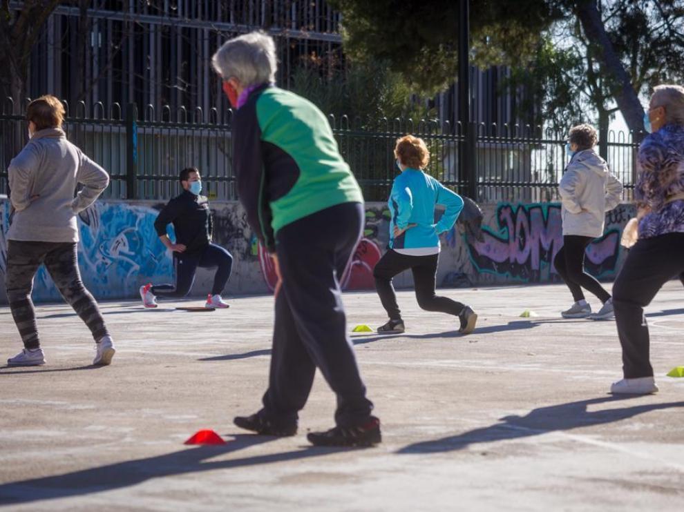Actividades dirigidas al aire libre el pasado diciembre, en parque de Zaragoza.