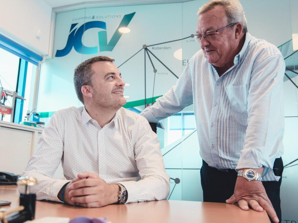 Julián Calvo, fundador de JCV, y Óscar Calvo, actual gerente de la empresa.