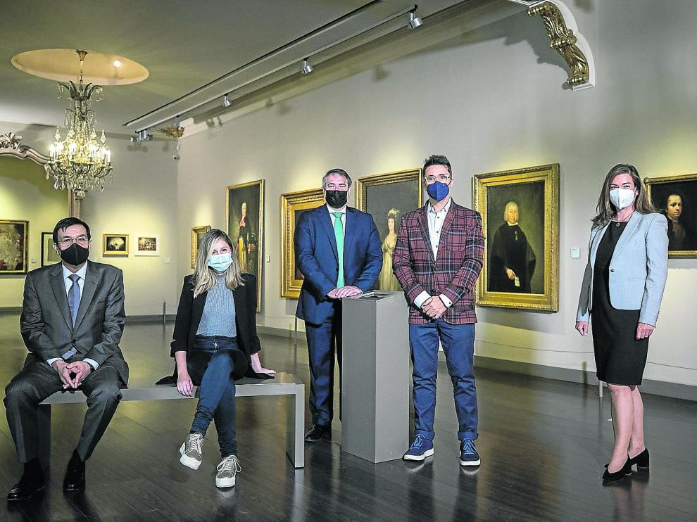Javier Galdós, Esther Borao, Juan Manuel Chicote, Pedro Pablo Andreu y Ana Solana, en el Museo Goya.