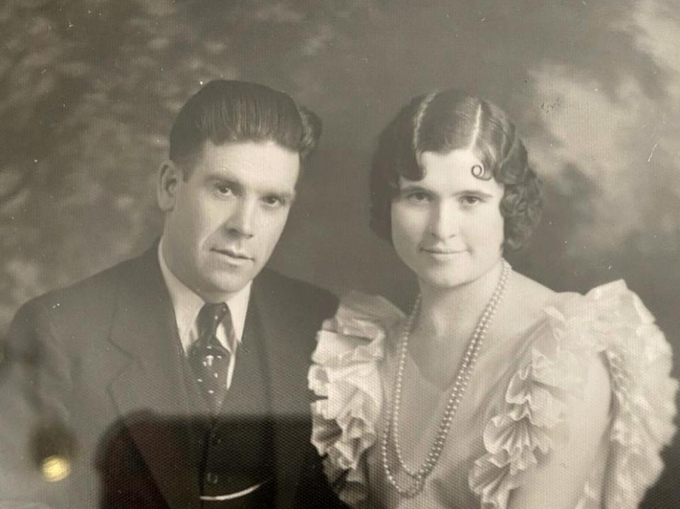 El turolense Andrés Domingo y Angelina Juaristi -descendiente de emigrantes vascos-, el día de su boda en Nevada.