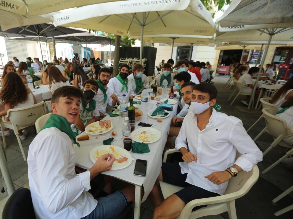 Los almuerzos fueron casi lo único que disfrutaron en las no fiestas de San Lorenzo 2020.