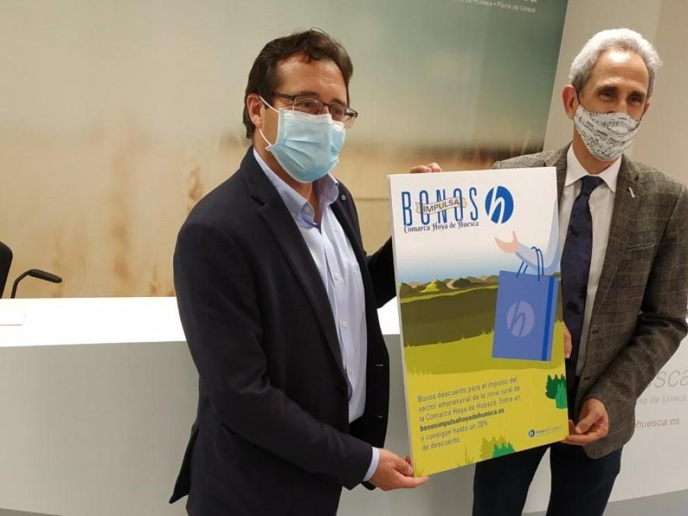 Jesús Alfaro, presidente de la Comarca de la Hoya de Huesca, ha presentado la campaña junto a Salvador Cored, director general de CEOS.
