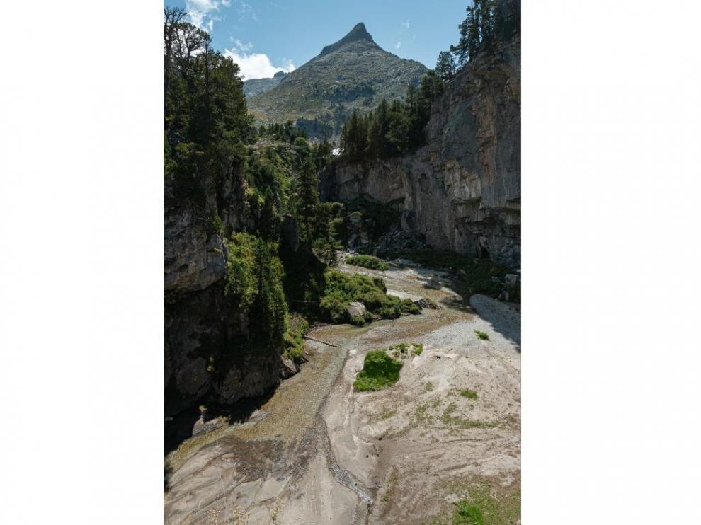 El Forau de Aigualluts, en el valle de Benasque, y las aguas prestas a viajar a Francia.