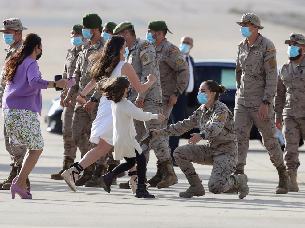 El Rey recibe a los últimos 24 militares destacados en Afganistán