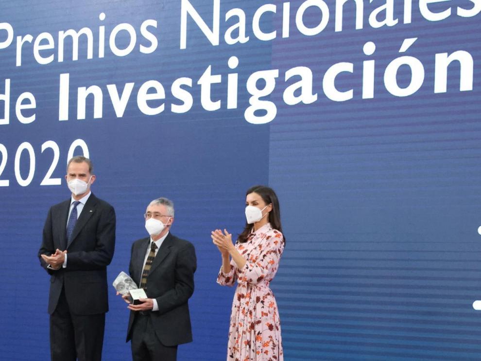 Elías Campo recoge el Premio Nacional de Investigación Gregorio Marañón en el área de Medicina.