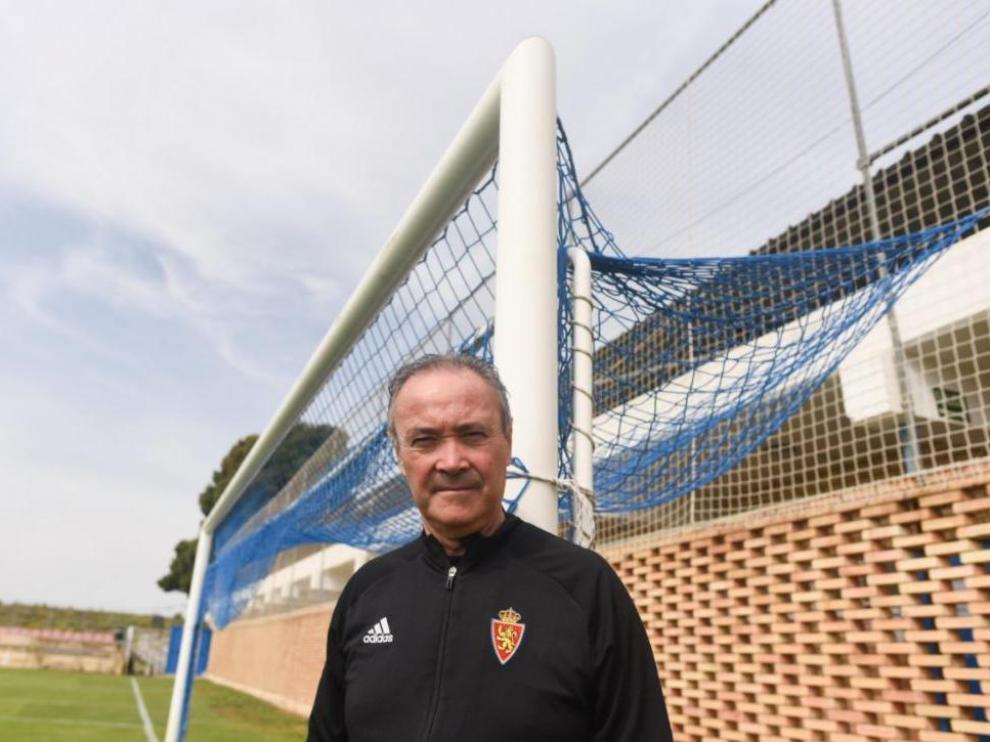 Juan Ignacio Martínez 'Jim', en la mañana de este miércoles, ante una de las porterías de la Ciudad Deportiva.