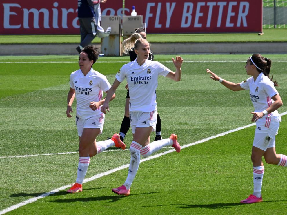 Algunas jugadoras del Real Madrid femenino.