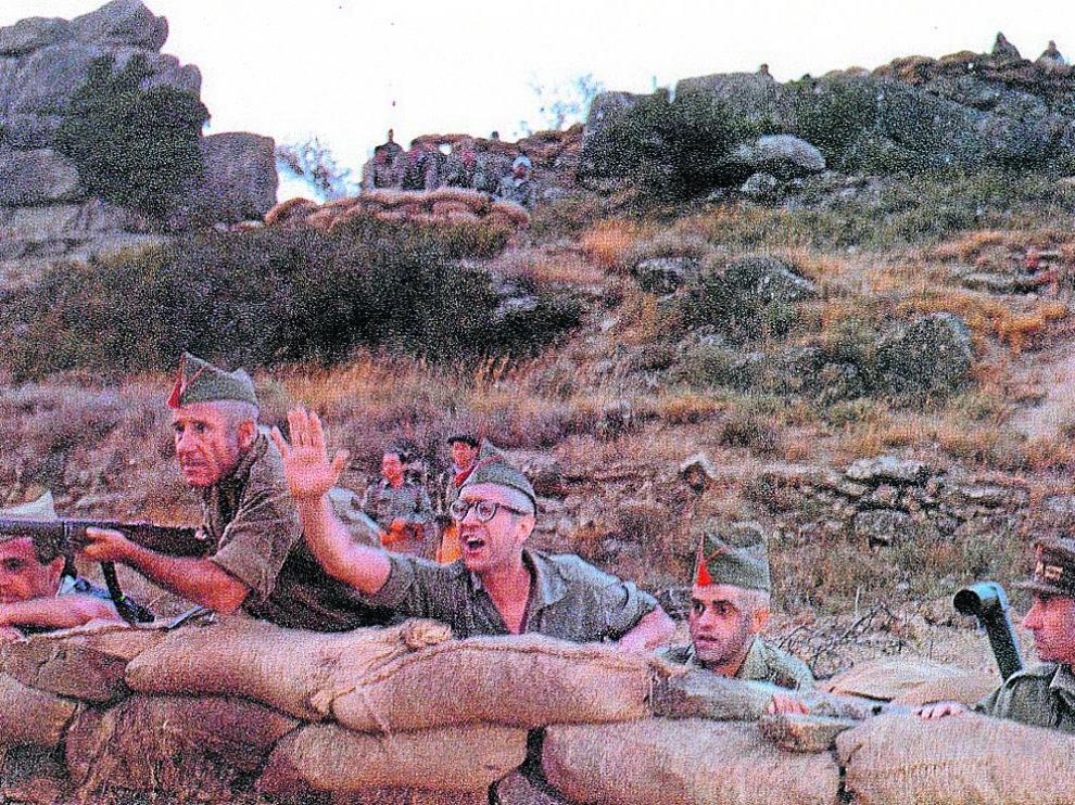 Un momento de la película 'La vaquilla', rodada por Berlanga en 1984.