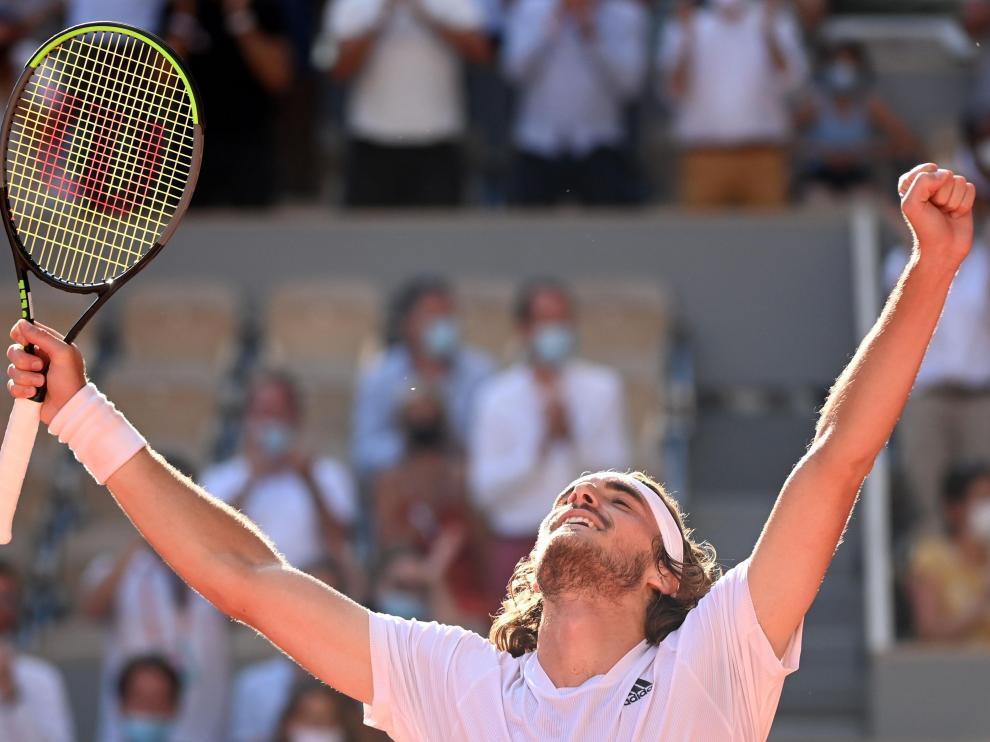 Stefanos Tsitsipas celebra su triunfo frente a Alexander Zverev