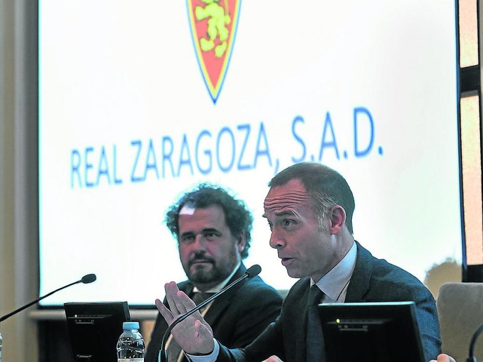 Christian Lapetra, presidente del Real Zaragoza, junto a Mariano Aured, director financiero