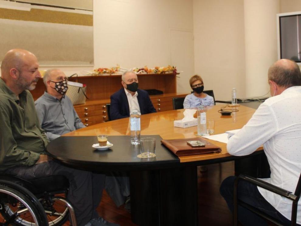 Reunión de la DPH y la Plataforma Ciudadana por un nuevo Centro de Salud en Barbastro