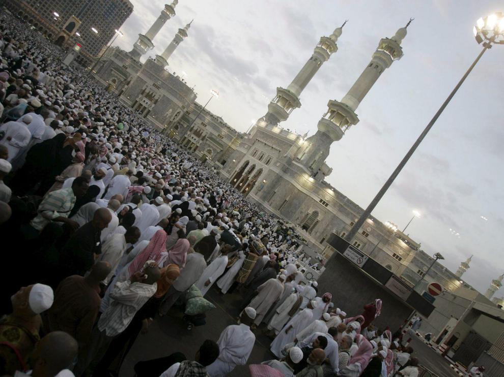 Peregrinos en la gran mezquita de La Meca, en Arabia Saudí, en una imagen de archivo