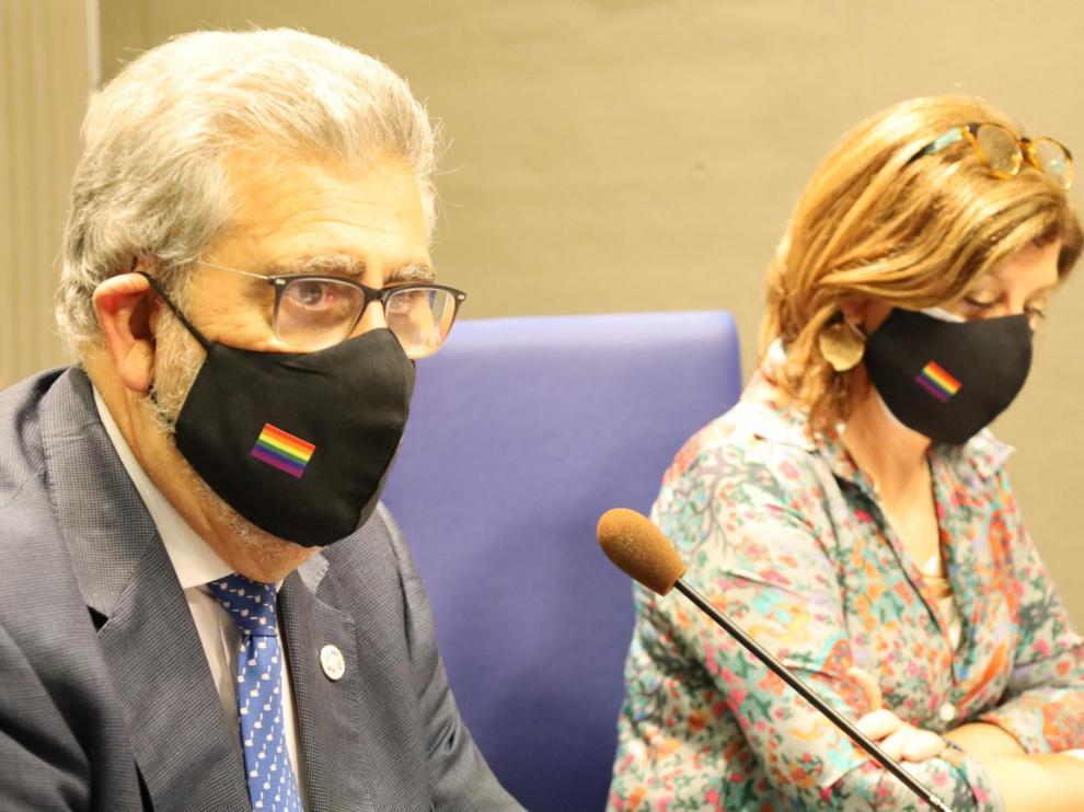 José Antonio Mayoral y Angelá Alcalá en la rueda de prensa celebrada este lunes