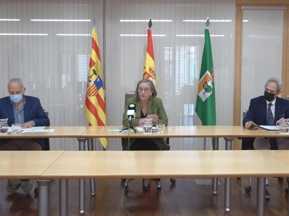 Catalán, Costa y Cored durante la presentación de los bonos Activa Fraga