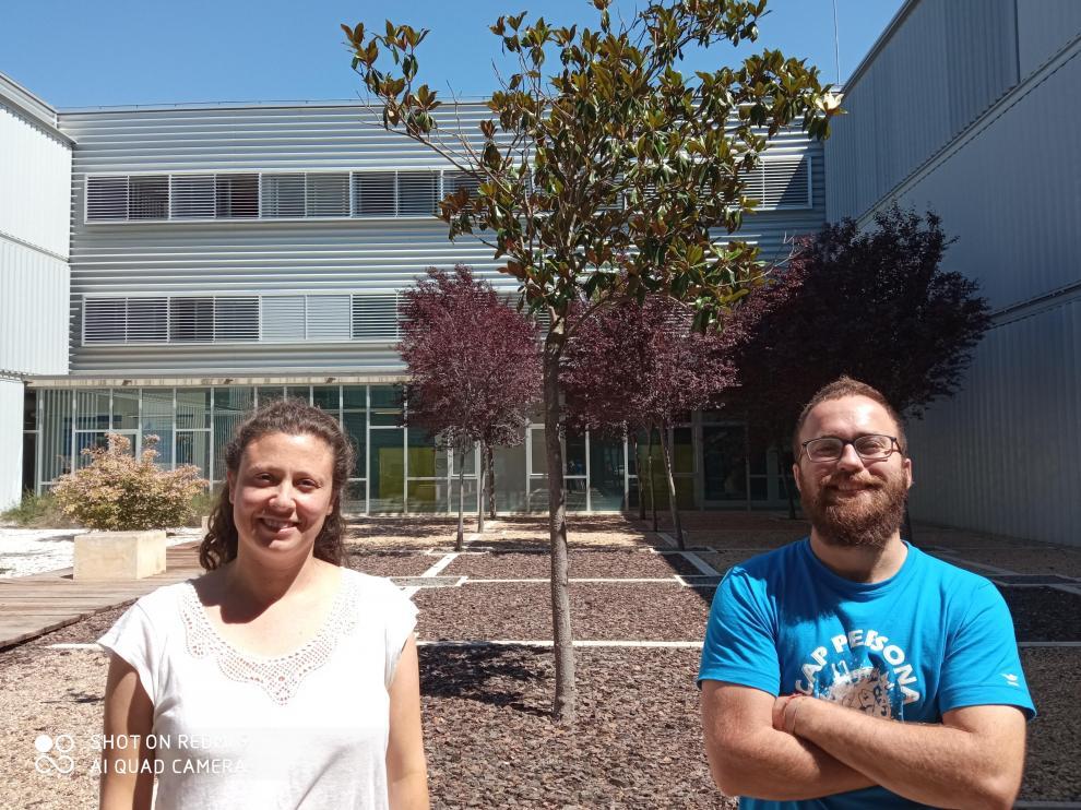 Nunilo Cremades y Pablo Gracia, bioquímicos investigadores del Instituto de Biocomputación y Física de Sistemas Complejos (BIFI).