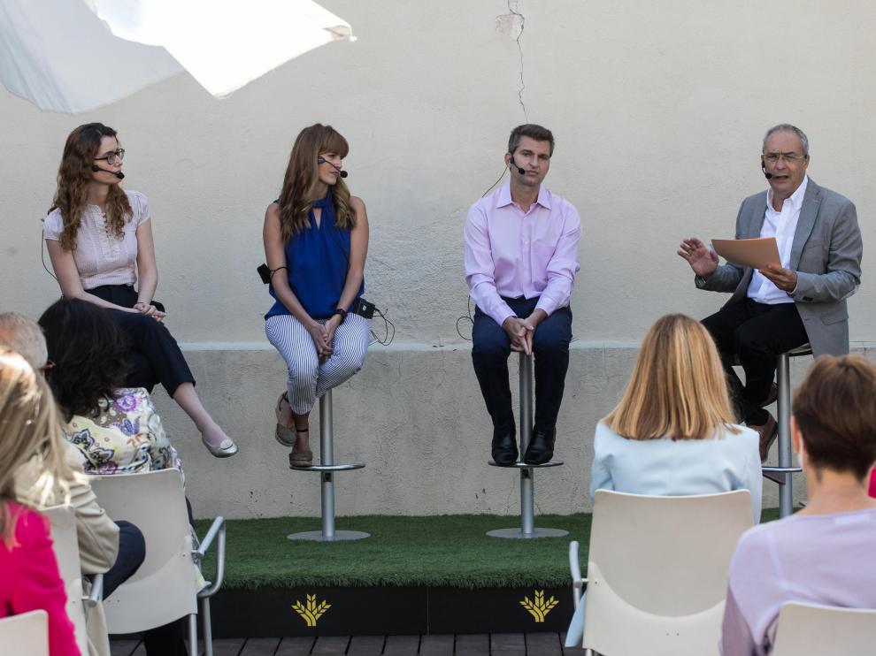 Belén Masiá, Rocío Mateo y Jesús Gonzalo, ayer en el debate moderado por Javier Rueda.