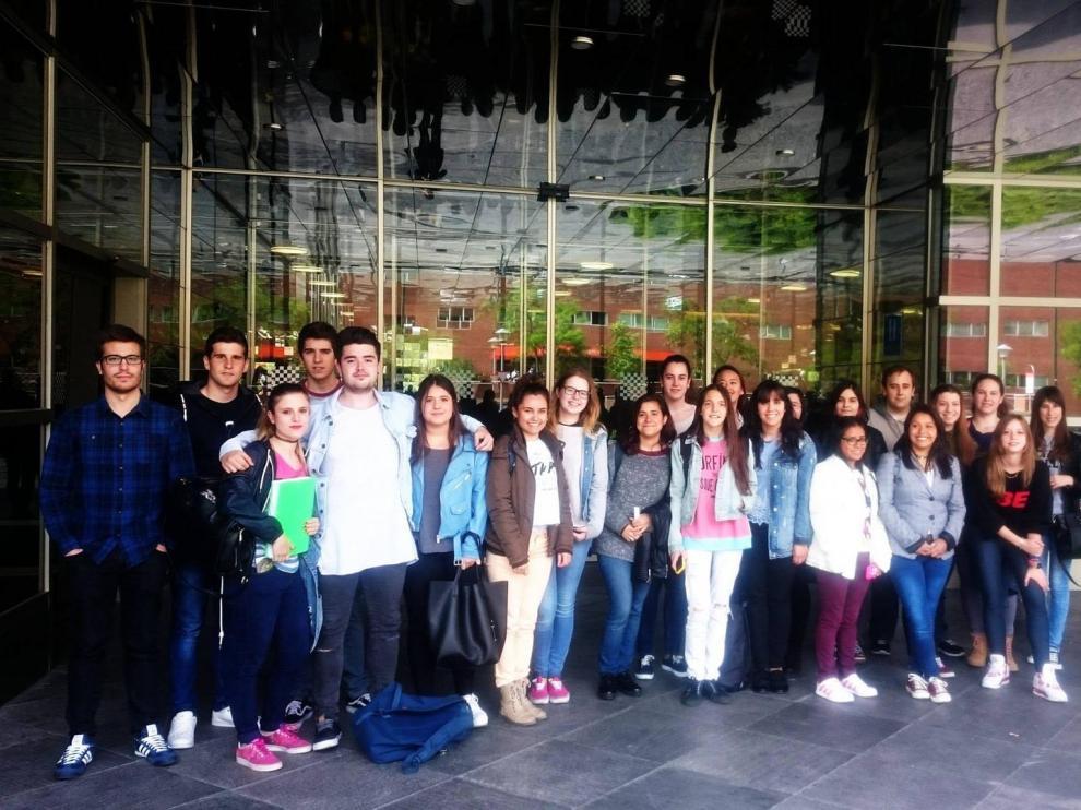 Alumnos del Grado de Turismo de ETUZ.