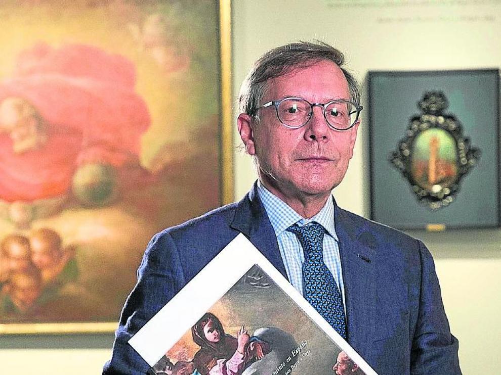 Arturo Ansón, en la muestra que ha comisariado.