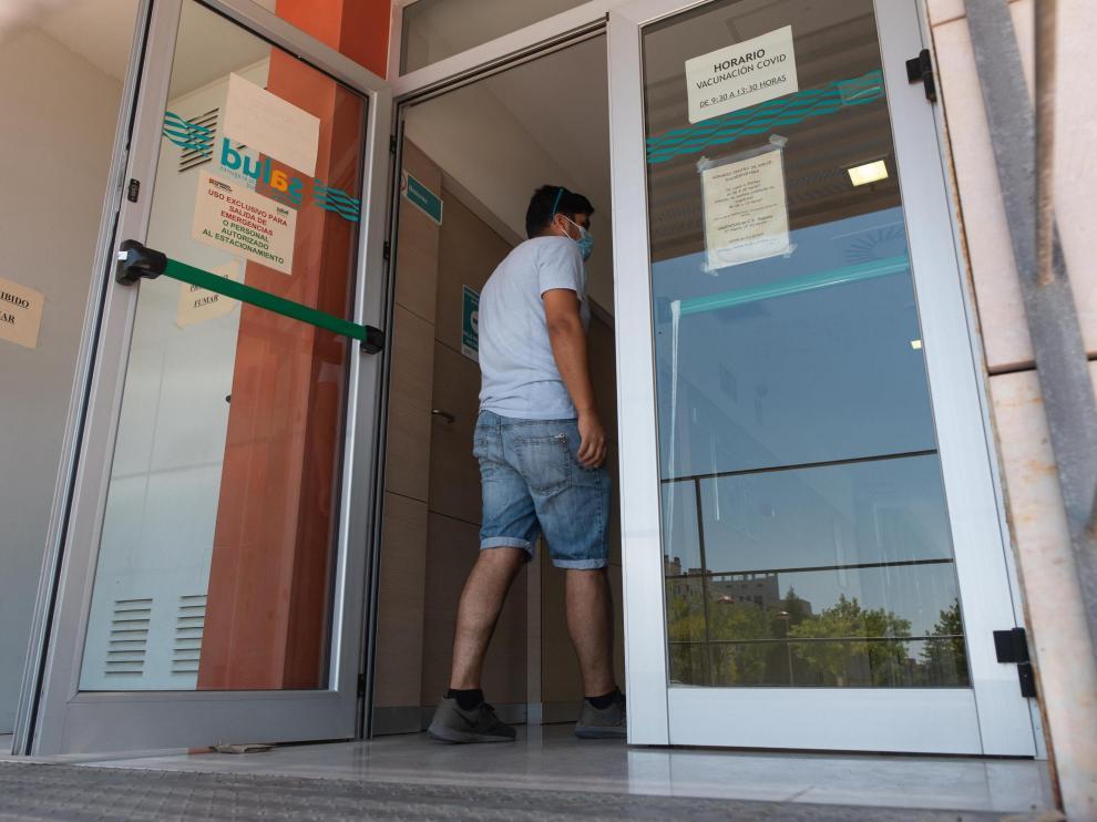 La vacunación continúa en los centros de salud aragoneses.