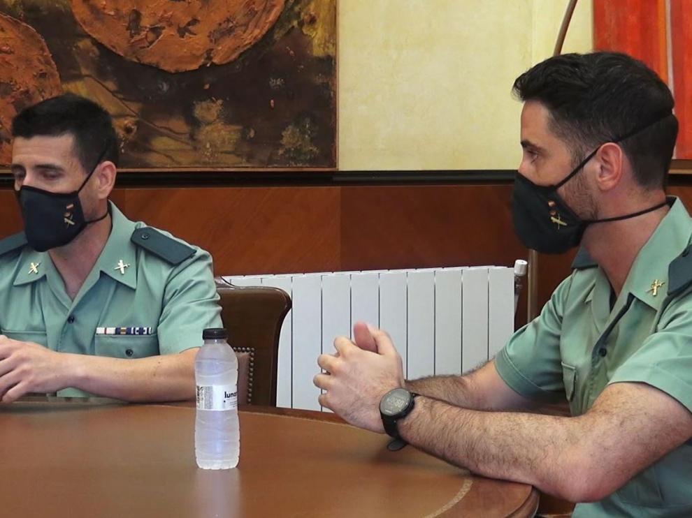 Los dos guardias civiles que llevaron a cabo el rescate.