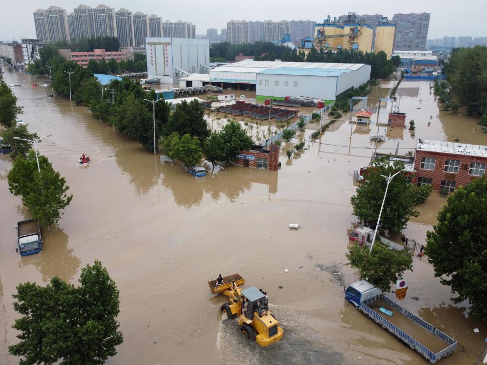 Calles inundadas en Zhengzhou