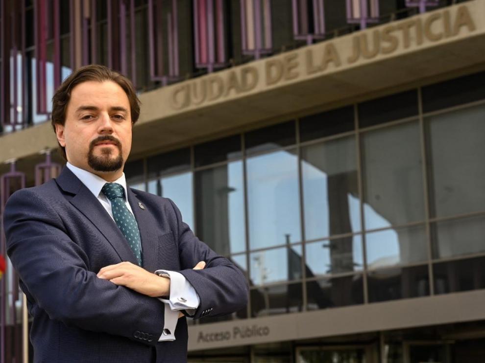 El abogado Alberto Peiró Clavería, coordinador del servicio de asistencia jurídica a afectados por la ocupación ilegal de inmuebles.